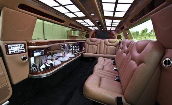 Cream-Bentley-Interior-Stretch-Limo-limo-m