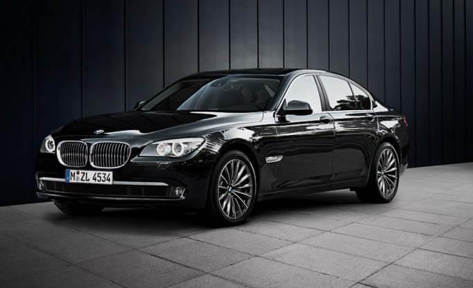 BMW limousine