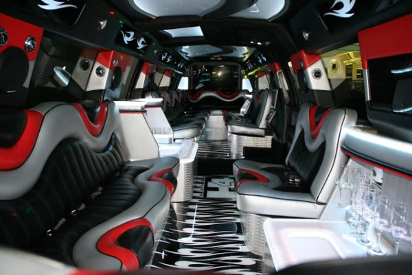 The Black Stallion Hummer H4 Limousine