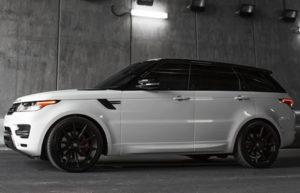 2014 White Range Rover Sport