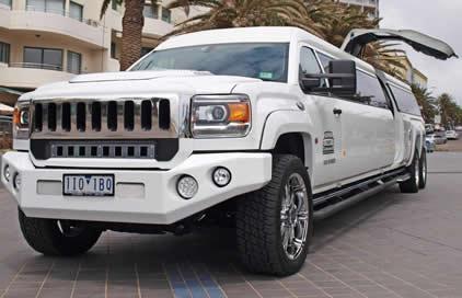 White Super Sized H4 Hummer